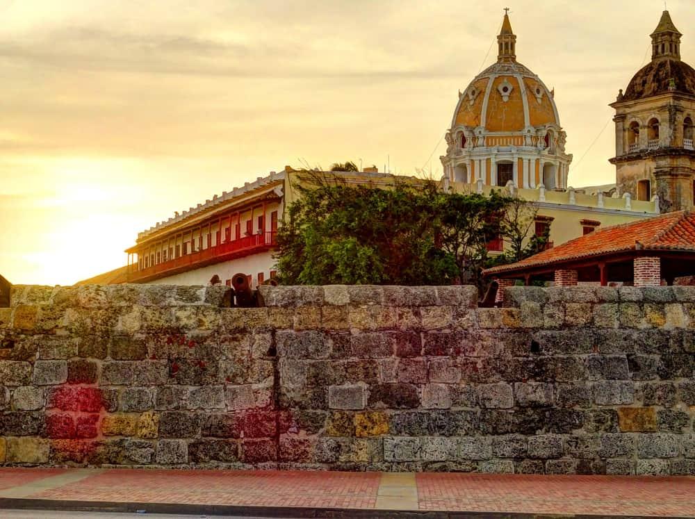 [TRAVEL GUIDE] Visit Cartagena De Indias Colombia In 48