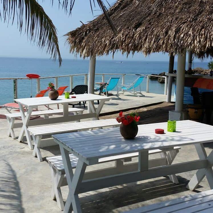 Beach Bar Hostel La Playita Isla Fuerte