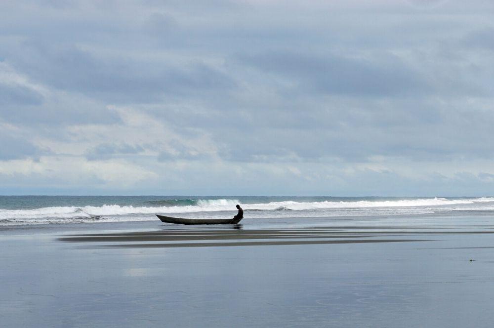 Beach El Valle boat (1)