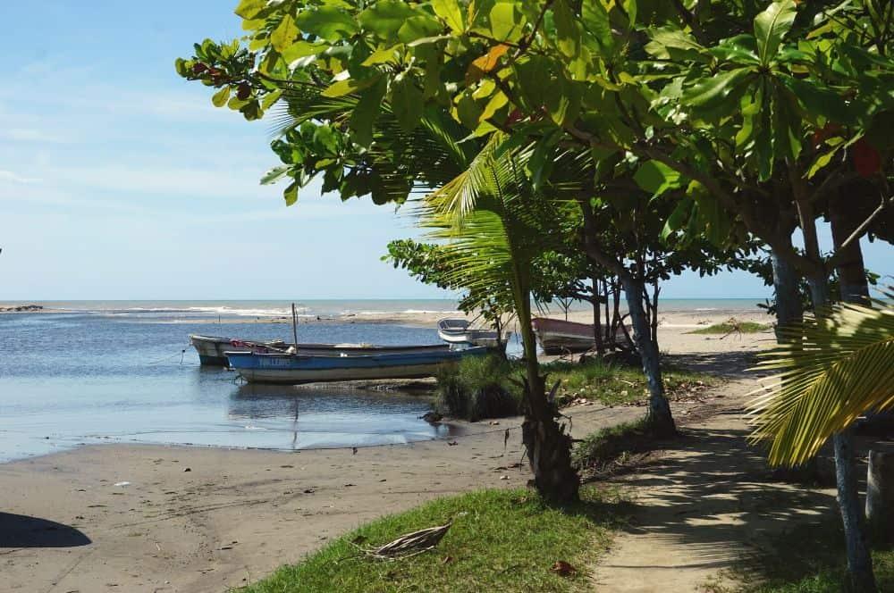Boat playa Dibulla