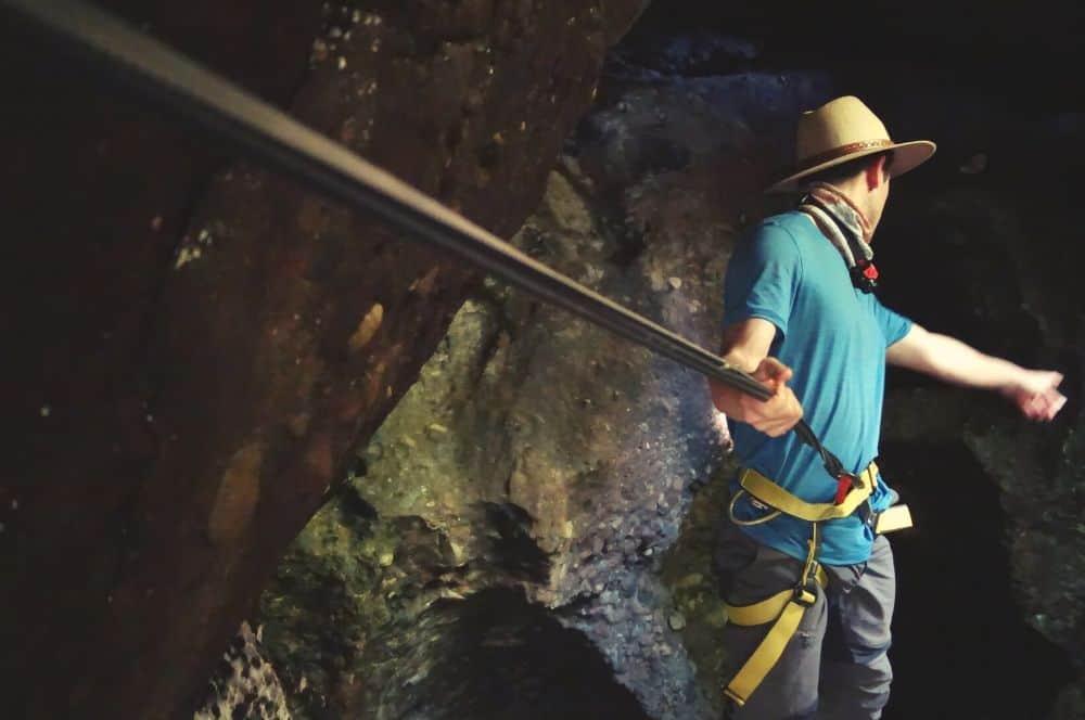Cave exploring Tamesis
