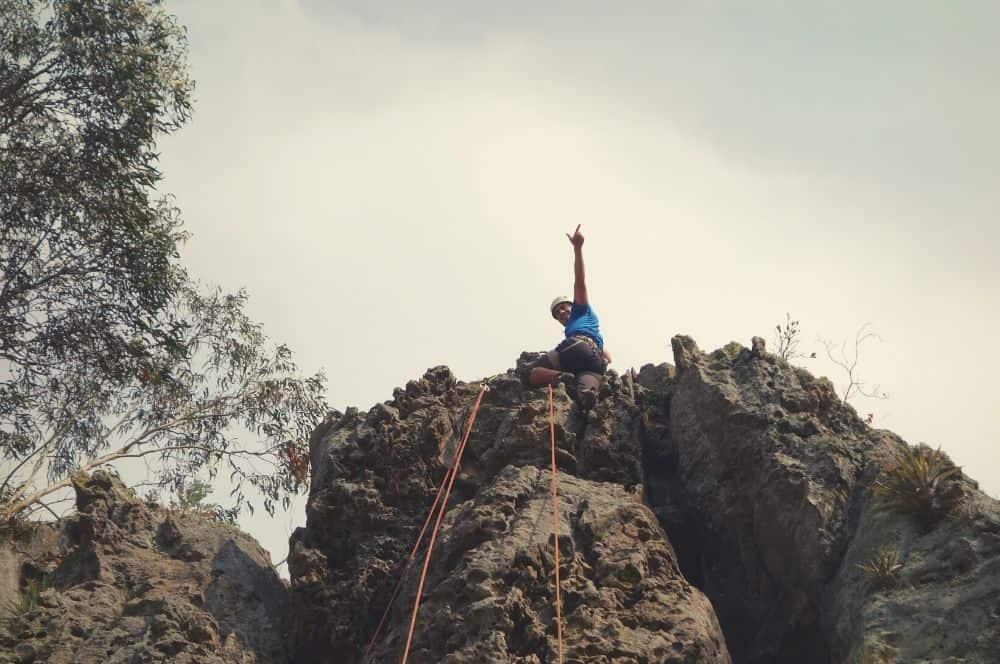 Climbing suesca