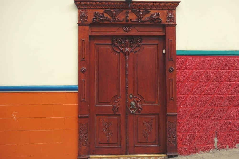 Door in Salamina