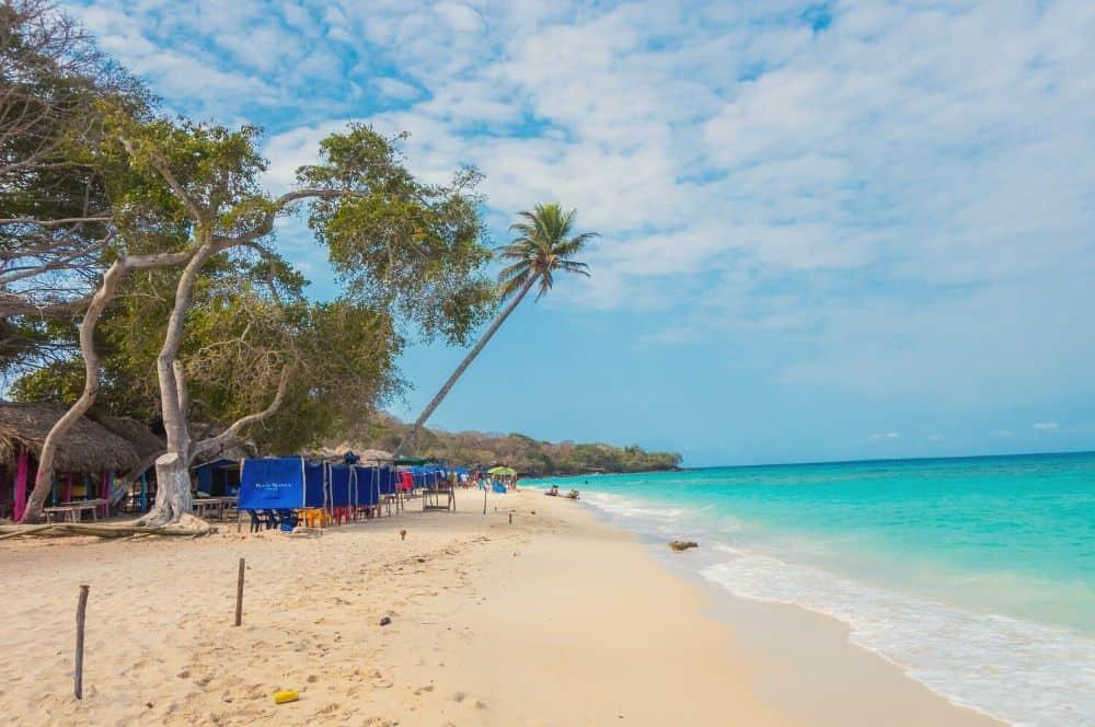 Playa Blanca Isla Baru Cartagena (1)