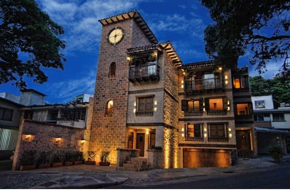 Casa Reloj