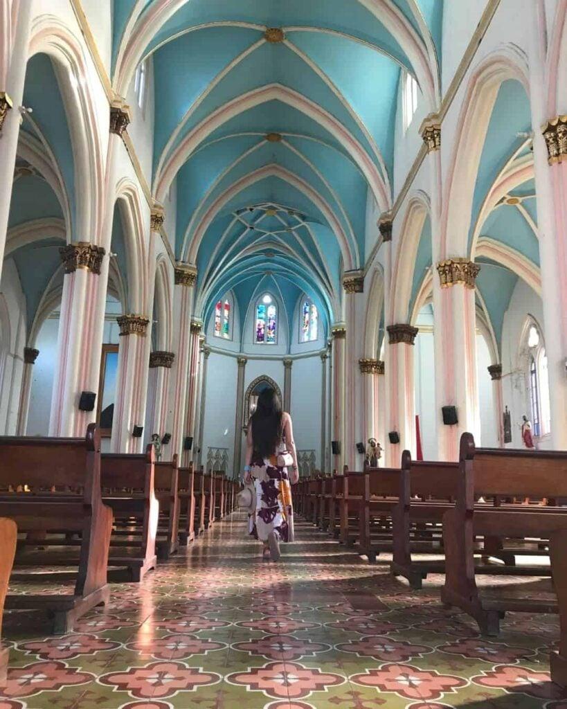 Inside Santuario Jerico (1)