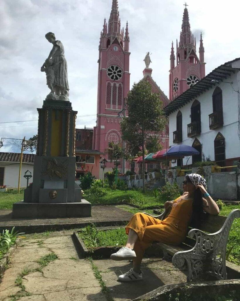 Parque los fundadores + Santuario Jerico (1)